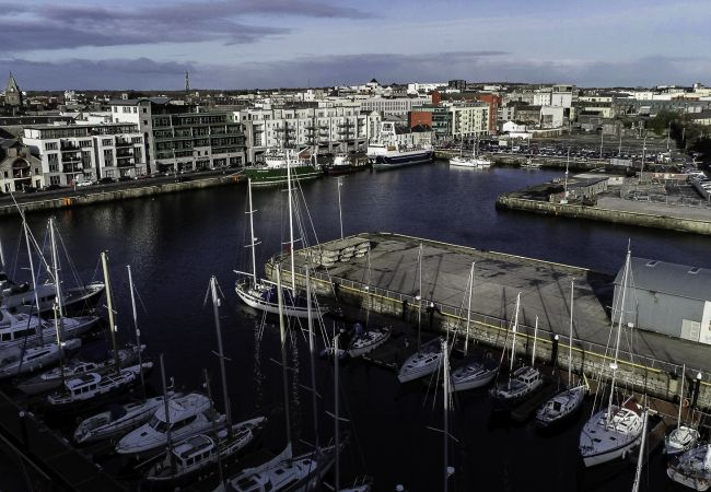 Apartment in Galway City - City Centre Penthouse w/ Rooftop Terrace and Water Views